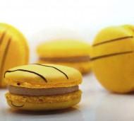 Bananen Macarons bezorgen in Leiden