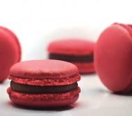 Frambozen Macarons bezorgen in Den Haag