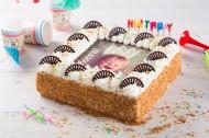 Verjaardagslagroomtaart bezorgen in Leiden